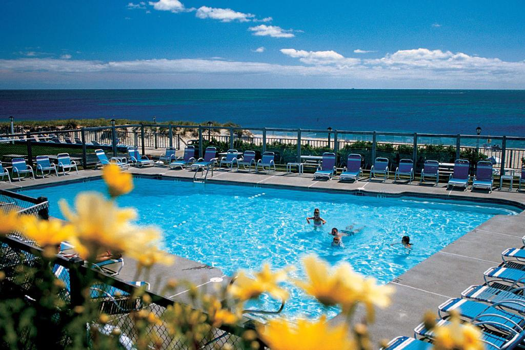 Blue Water on the Ocean Resort (South Yarmouth (MA