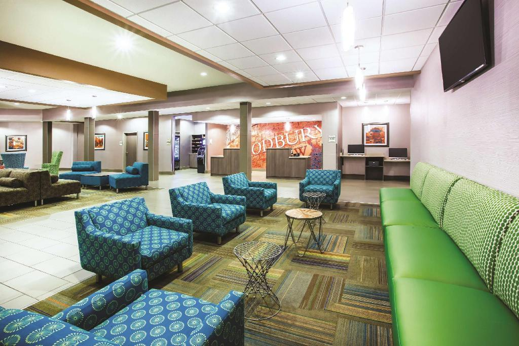 Lobi La Quinta Inn & Suites St. Paul-Woodbury