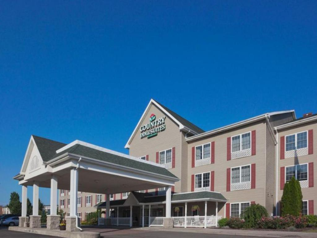 Country Inn Suites By Radisson Cortland