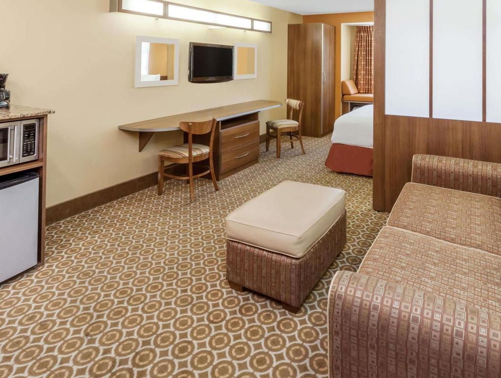 Tampilan interior Microtel Inn & Suites by Wyndham South Bend/At Notre Dame