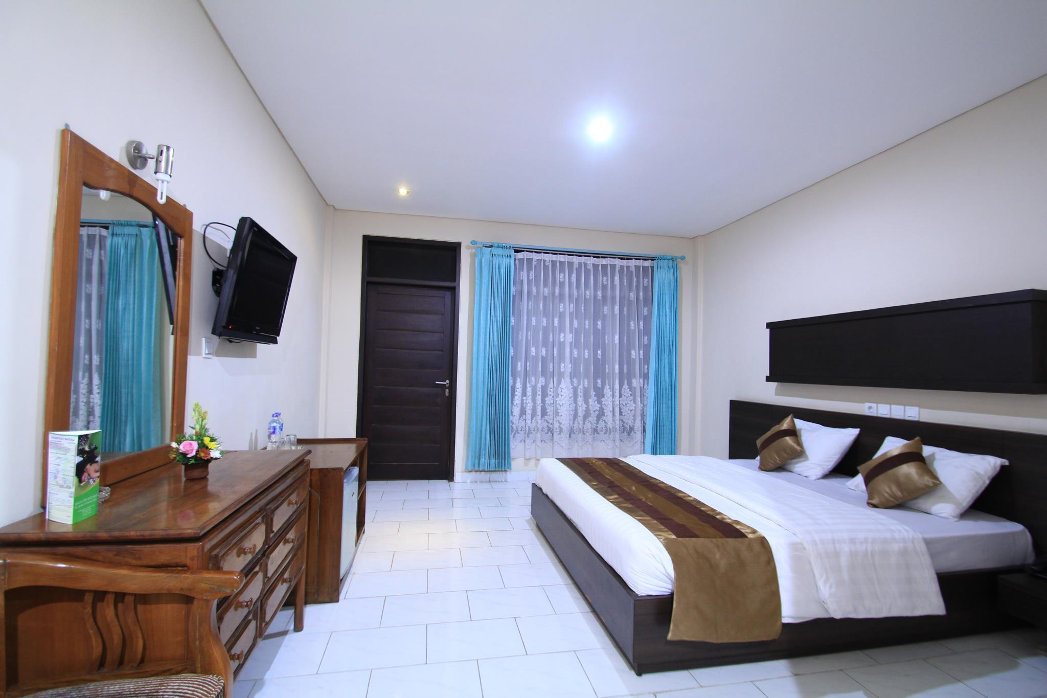Superior Kamar Saja (Superior Room Only)