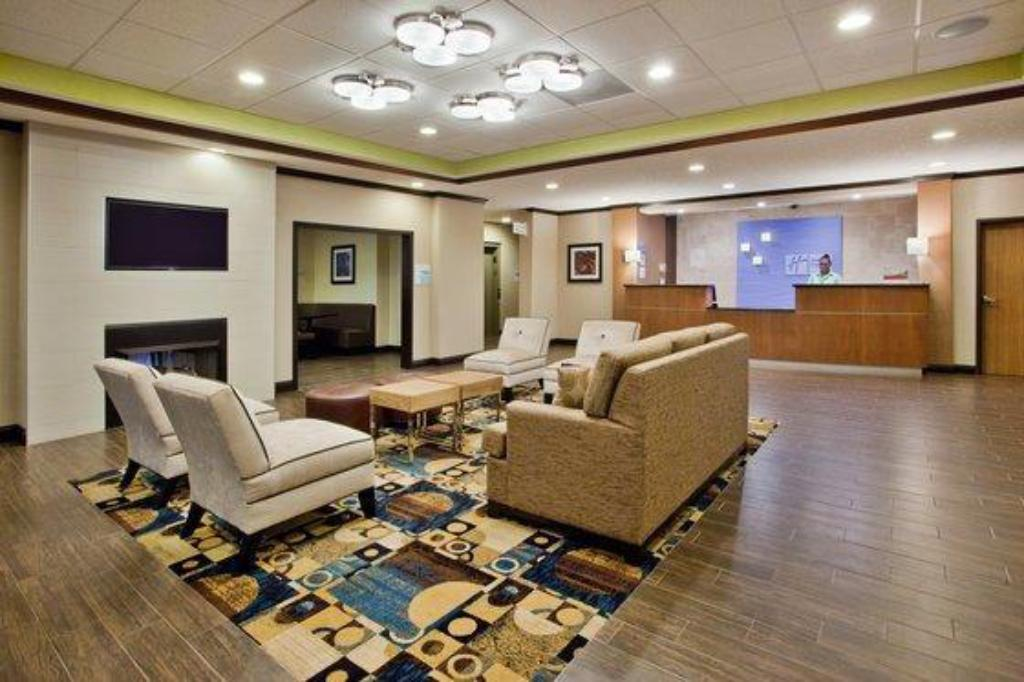 Holiday Inn Express Hotel Suites Buford Ne Lake Lanier Area In