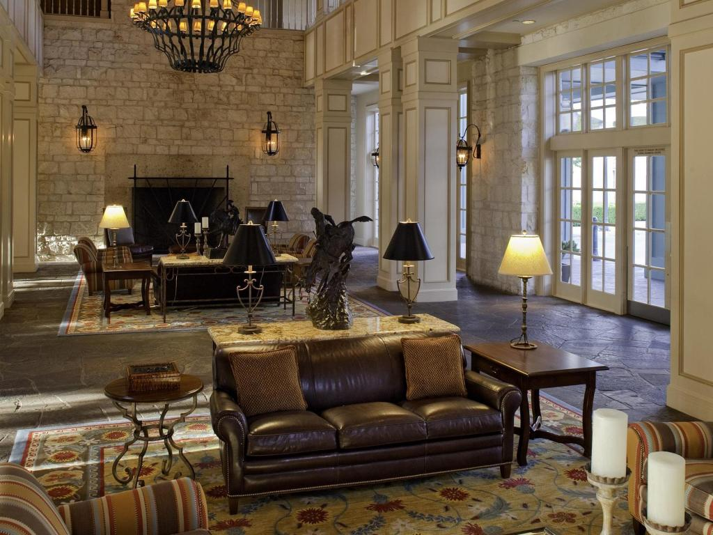 Lobby Hyatt Regency Hill Country Resort & Spa
