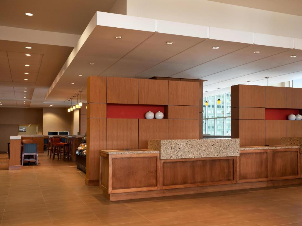 Lobi Hyatt Place Minneapolis Downtown