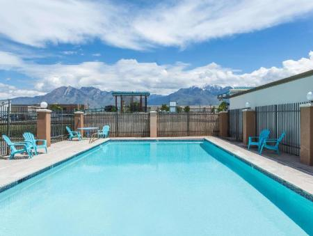 Swimming pool [outdoor] Days Inn by Wyndham Salt Lake City South