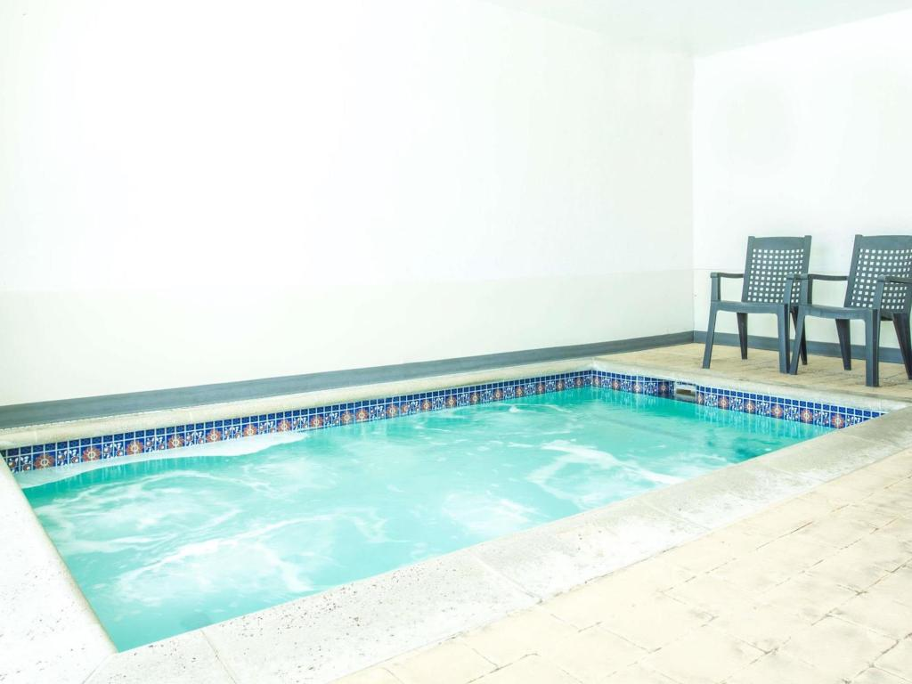 Pool Days Inn by Wyndham Salt Lake City South