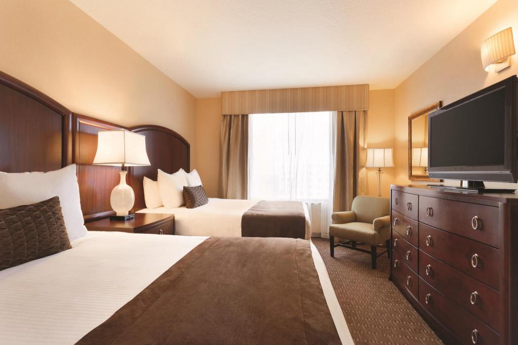 Queen Suite 2 Beds Bedroom Caribe Royale Orlando