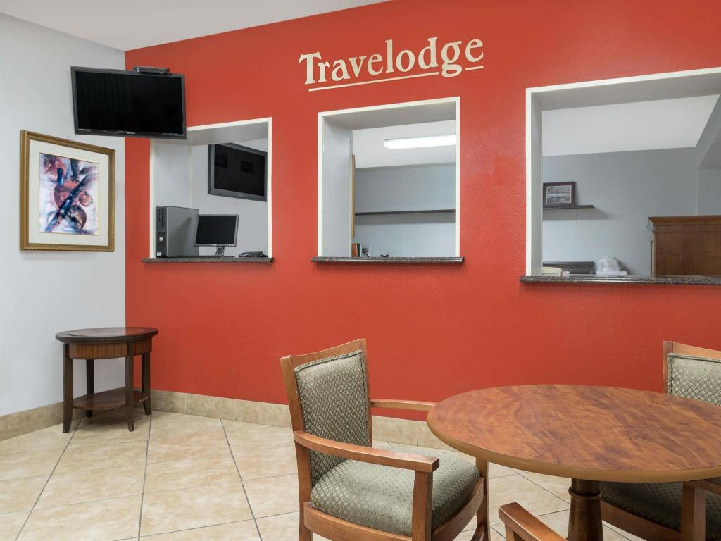 Tampilan interior Travelodge by Wyndham Klamath Falls