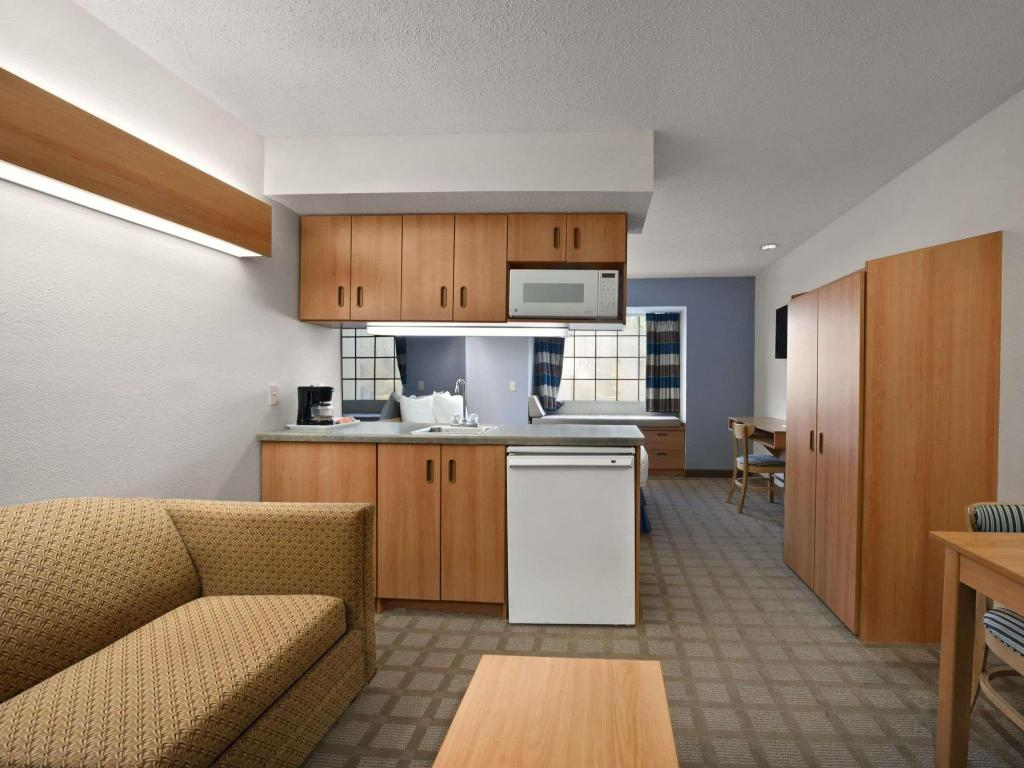 Vista interior Microtel Inn & Suites by Wyndham Ponchatoula/Hammond