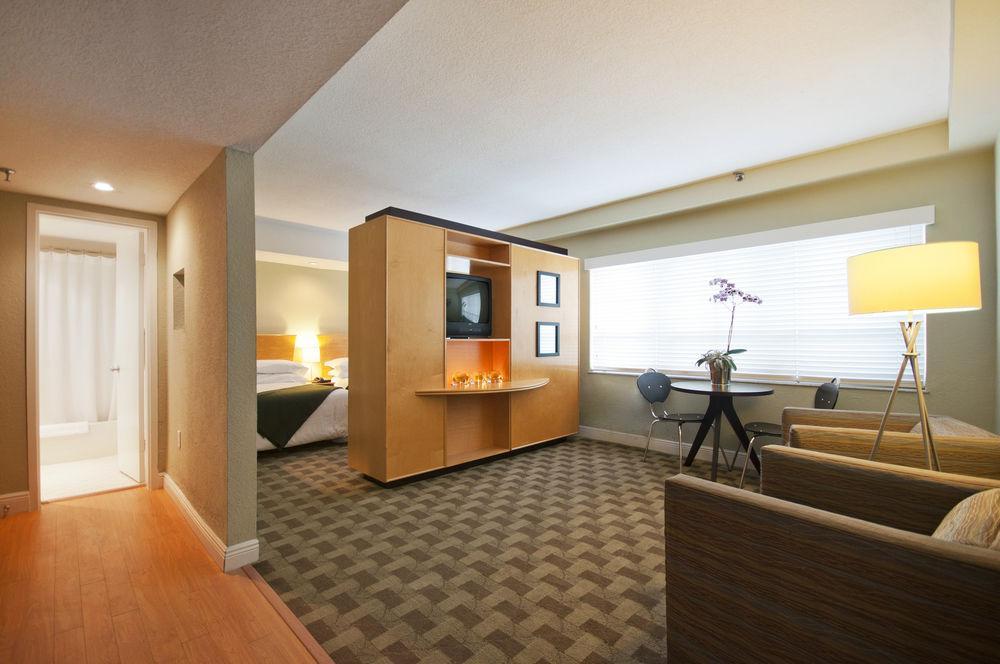 Crest Hotel Suites Miami Beach Fl