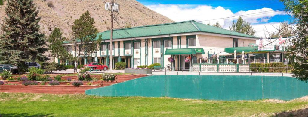 Sandman Inn Cache Creek