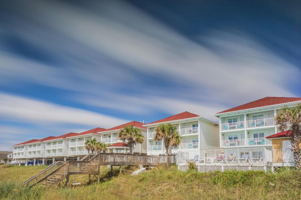 Ocean Isle Beach Hotel   Oceanfront Rooms   The Islander Inn