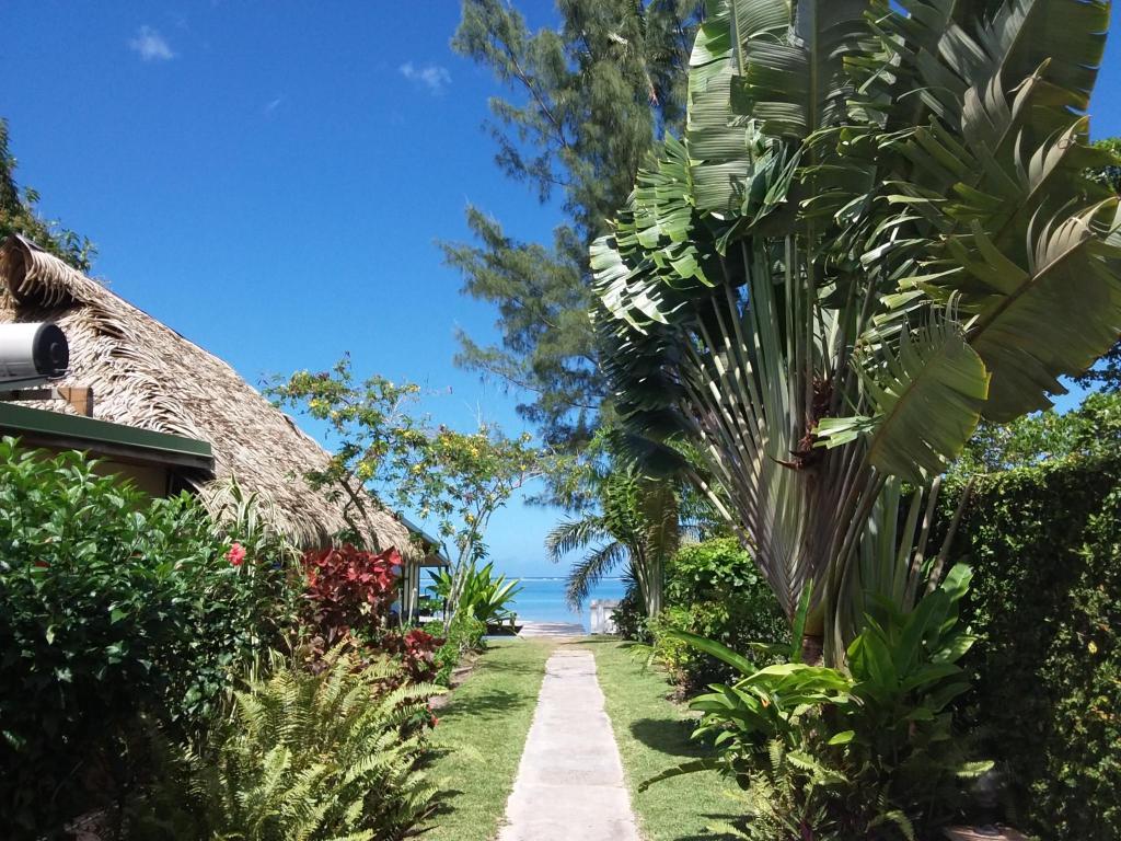 Linareva Moorea Beach Resort In Moorea Island Room Deals