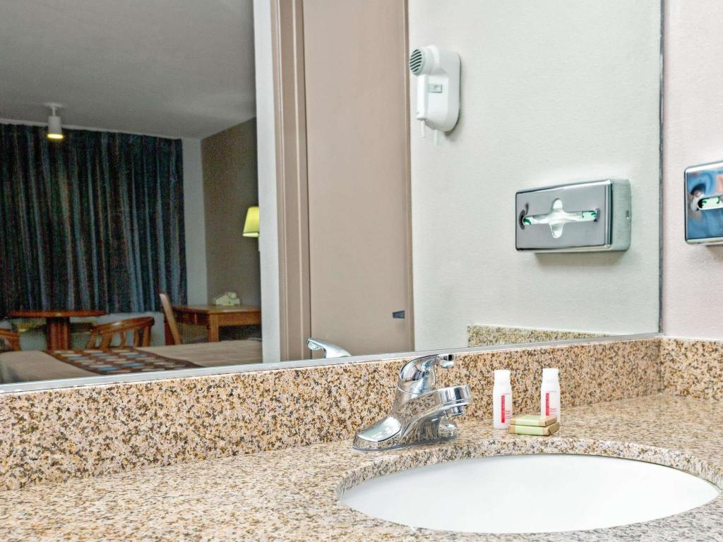 Bathroom Super 8 by Wyndham Upland Ontario CA