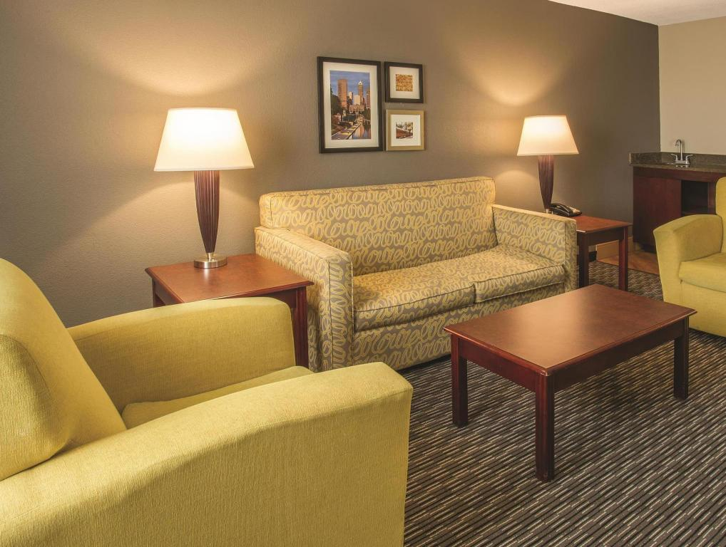 Vista interior La Quinta Inn & Suites Indianapolis South