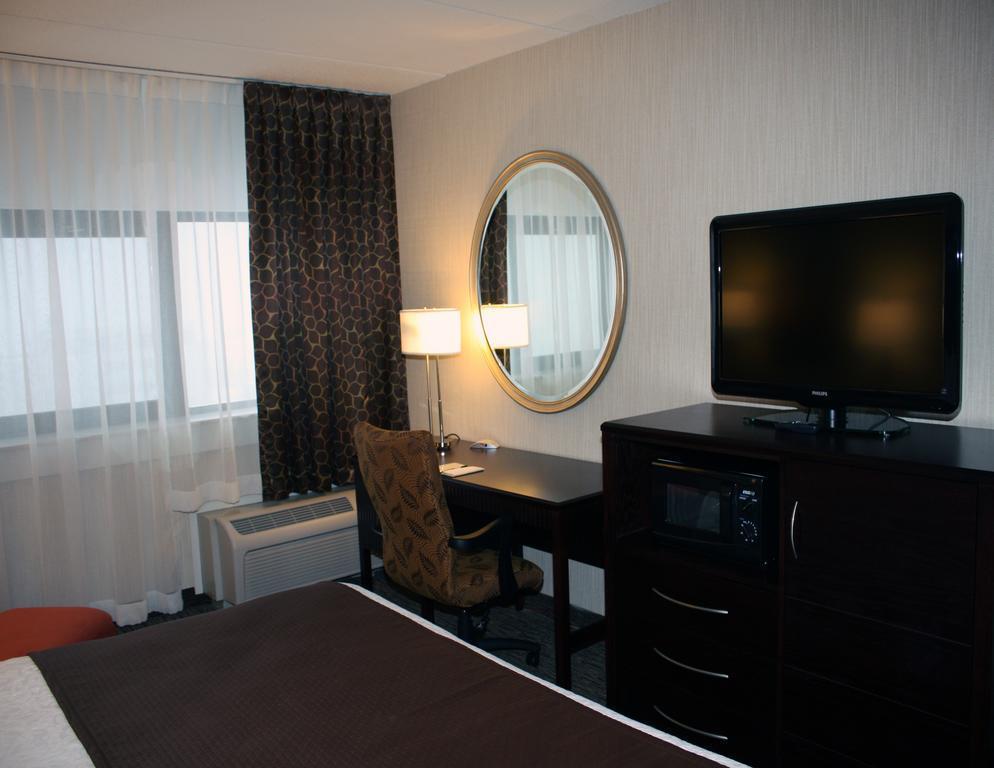 Buffalo Grand Hotel In Buffalo Ny Room Deals Photos Reviews