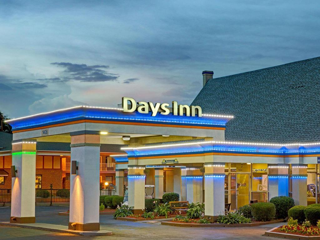 Days Inn Charlotte North-Speedway-Uncc-Research Park