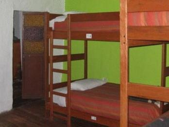 Lit dans un Dortoir Mixte de 10 Lits (Bed in 10-Bed Mixed Dormitory Room)