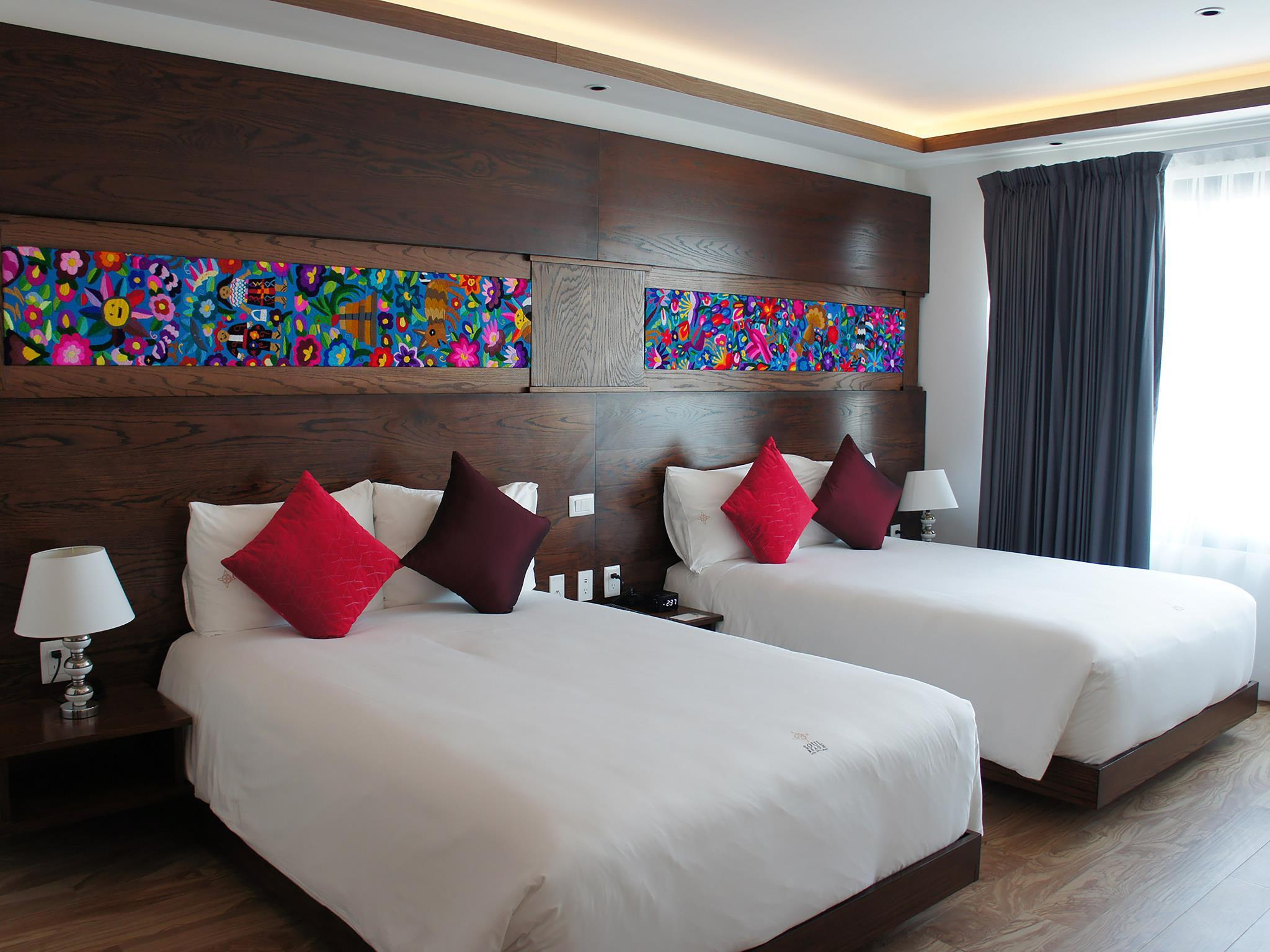 Kamar King dengan 2 Ranjang King (King Room with 2 King Beds)