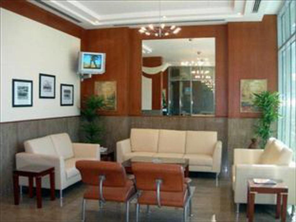 Lobby AAA Suites By AAA Homes Hotel