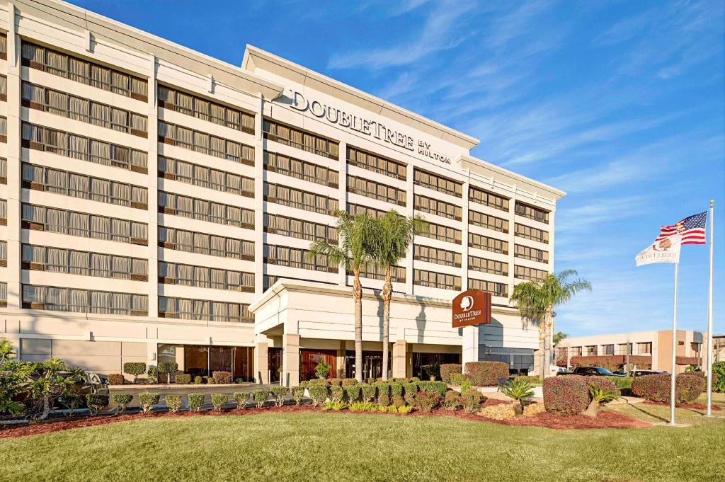 More about Doubletree Hotel New Orleans Airport