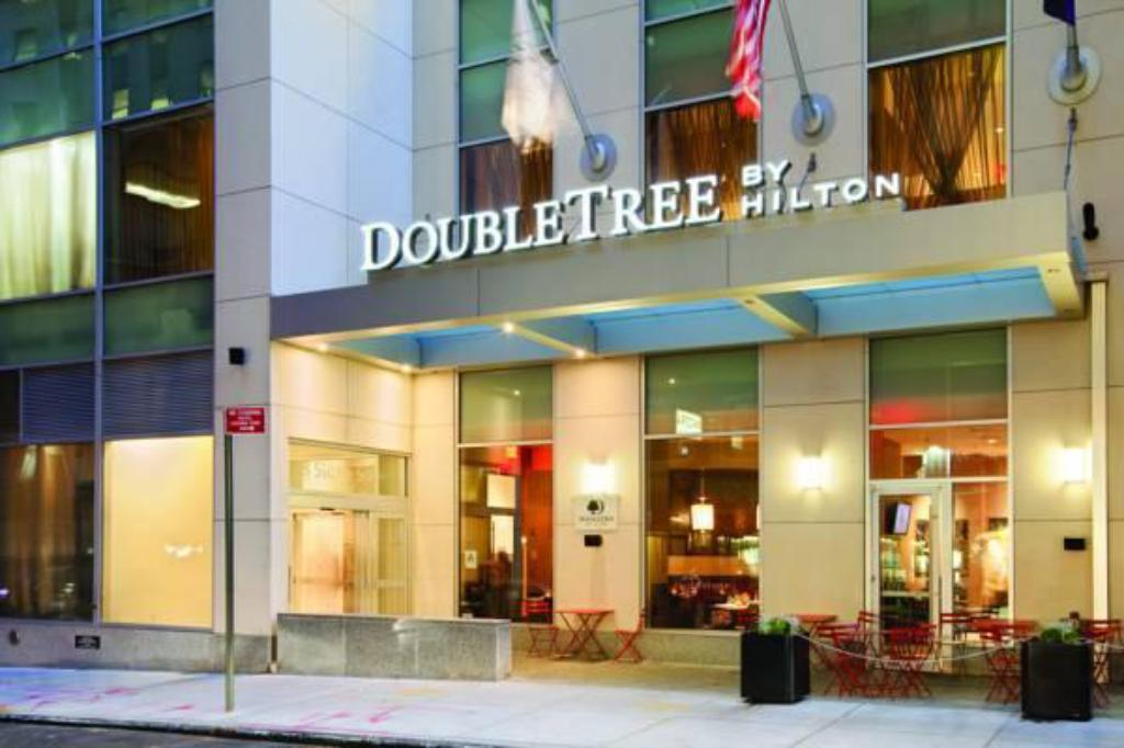 Hotels In New York City >> Doubletree Hotel New York City Financial District New York