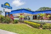 Days Inn by Wyndham Fort Myers Springs Resort
