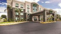La Quinta Inn & Suites by Wyndham Clearwater South