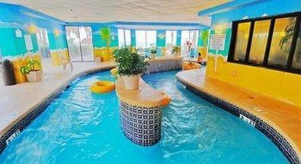 Swimming Pool Patricia Grand Resort Hotel