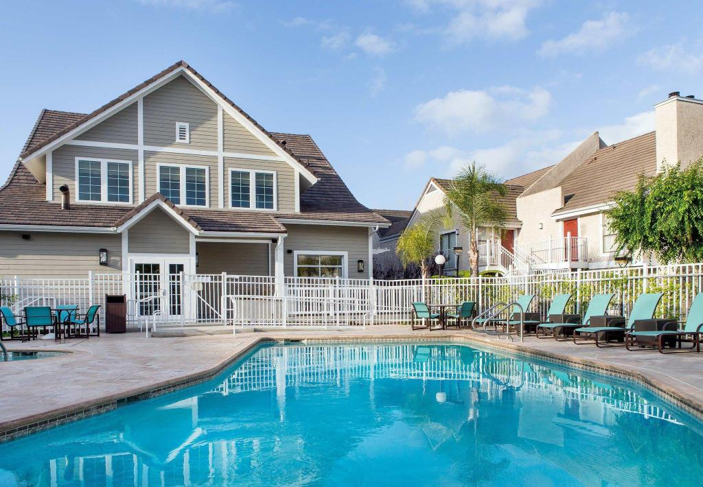 Residence Inn Los Angeles Torrance Redondo Beach In Los Angeles Ca Room Deals Photos Reviews