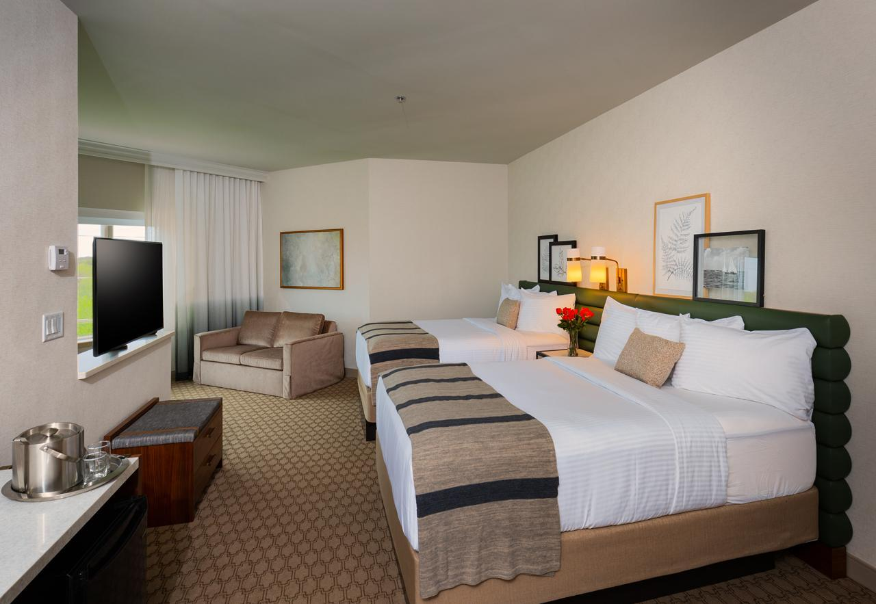 Executive Double Queen Room