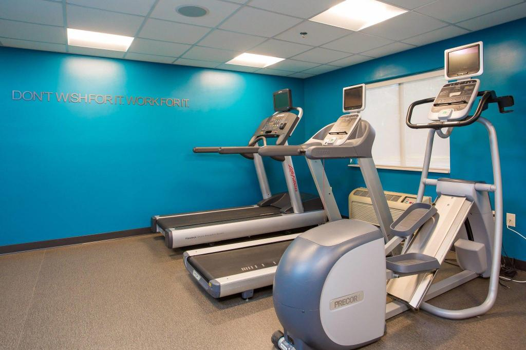 Gimnasio Fairfield Inn & Suites Plymouth Middleboro