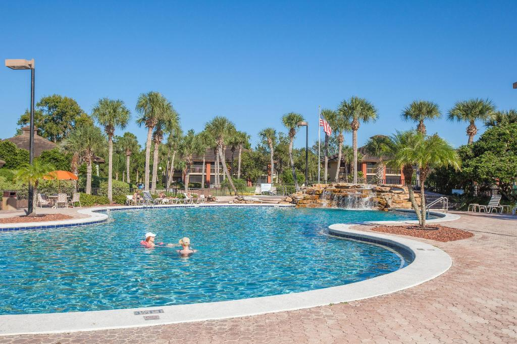 piscina al aire libre Legacy Vacation Resorts - Palm Coast