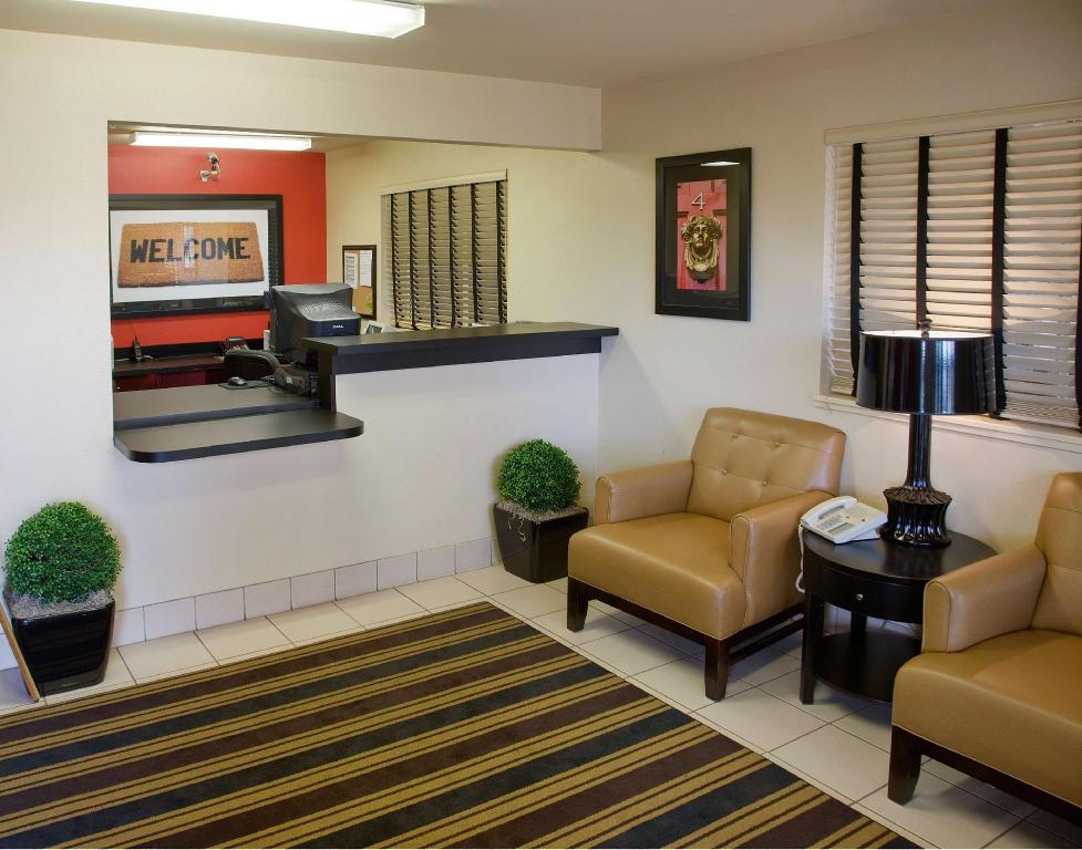 Lobby Extended Stay America Fresno  North
