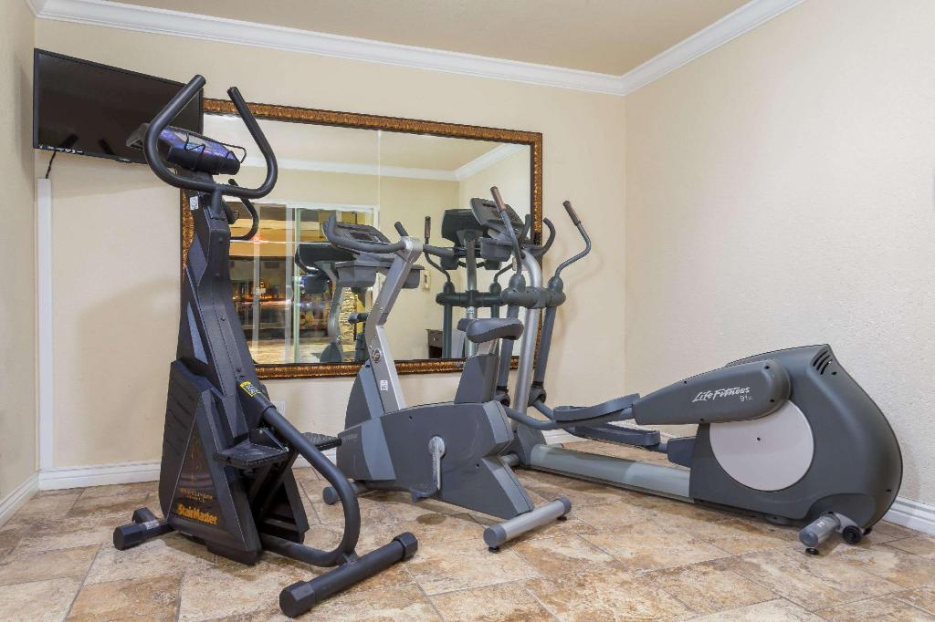 gym Super 8 By Wyndham Goodyear/Phoenix Area