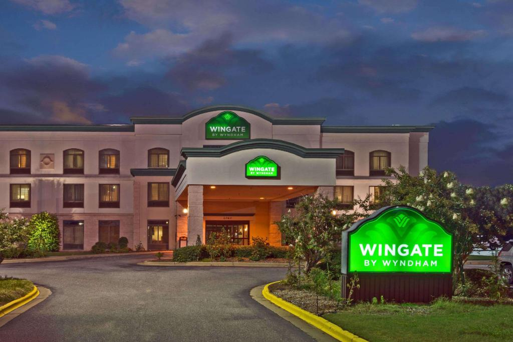 More about Wingate by Wyndham Montgomery