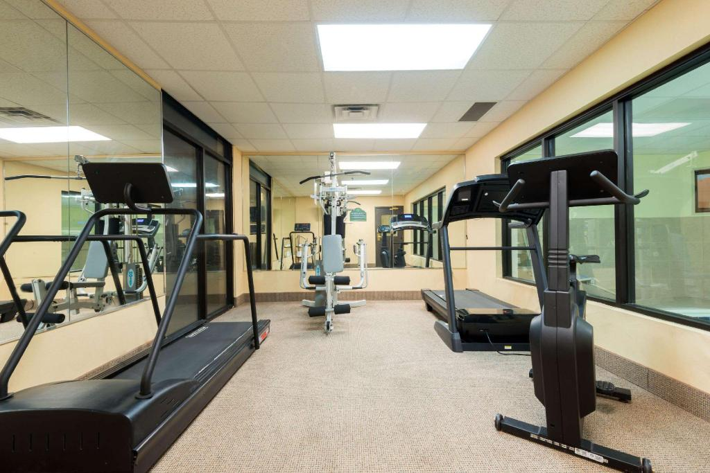 Fitness center Wingate by Wyndham Montgomery