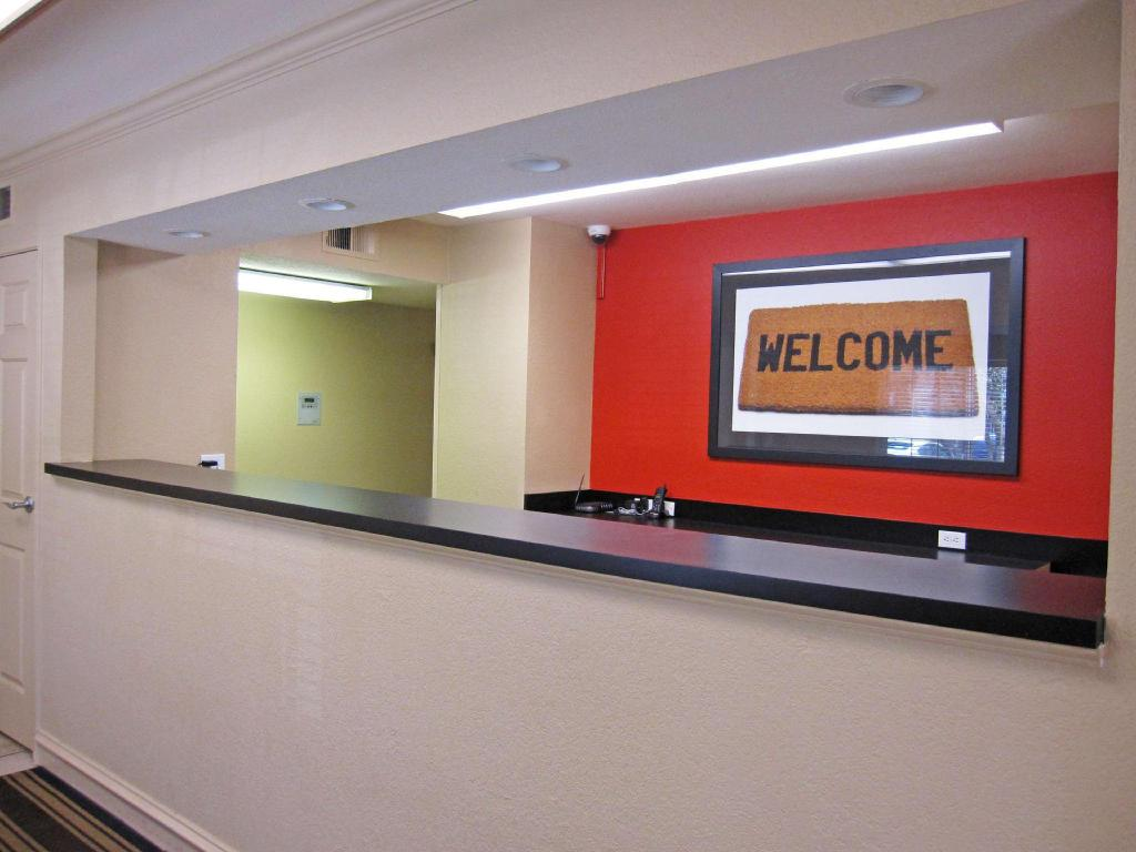 Lobby Extended Stay America Portland Tigard
