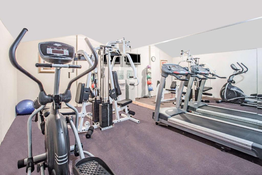 Centro de fitness Super 8 By Wyndham Camp Springs/Andrews Afb Dc Area