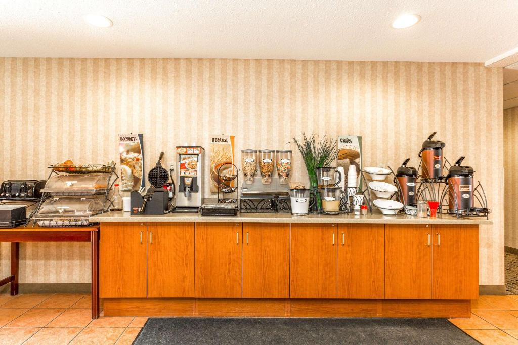Café Microtel Inn & Suites by Wyndham Dry Ridge