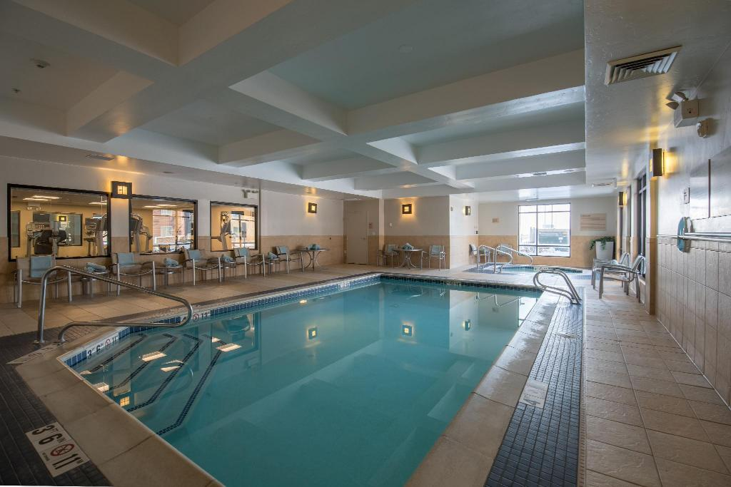 Piscina TownePlace Suites Provo Orem