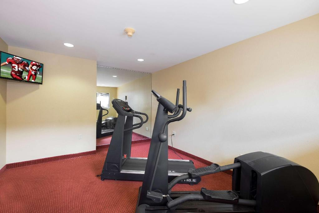 Gimnasio Red Roof Inn Columbus Northeast - Westerville
