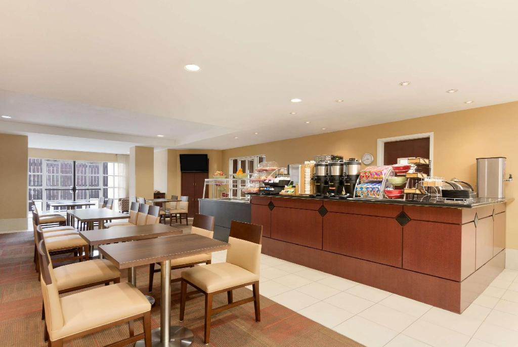 Coffee Shop/Café Hawthorn Suites by Wyndham College Station
