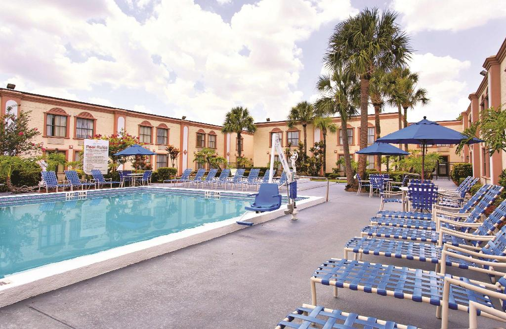 Se alla 6 bilder La Quinta Inn Orlando International Drive North