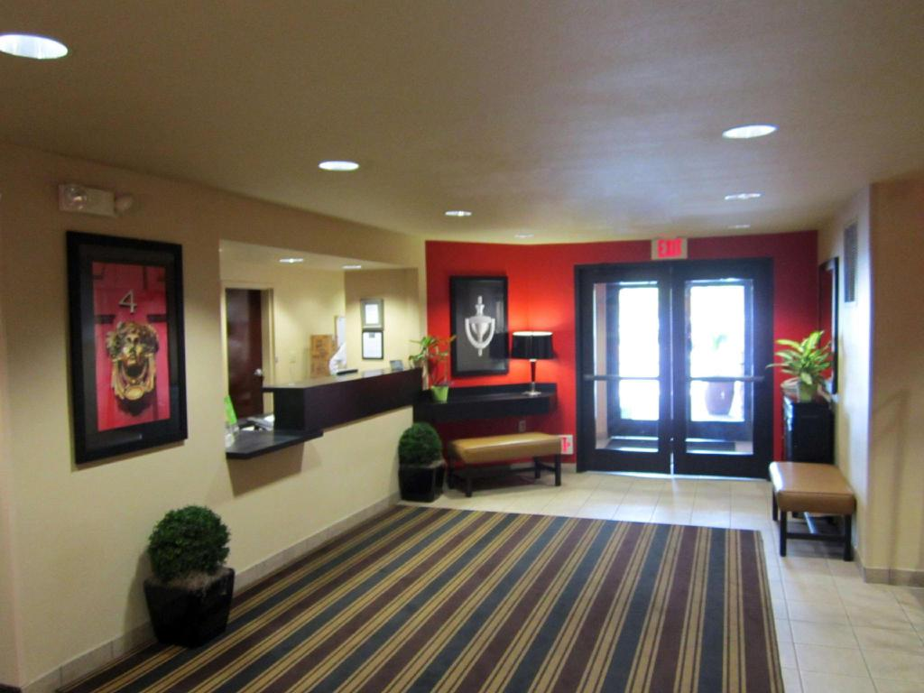 Lobby Extended Stay America Anaheim Hills