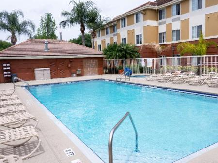 Swimming pool [outdoor] Extended Stay America Orlando Conv Ctr Universal Blvd