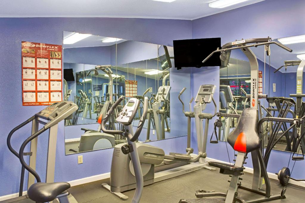 Centro de fitness Days Inn by Wyndham Lawrenceville