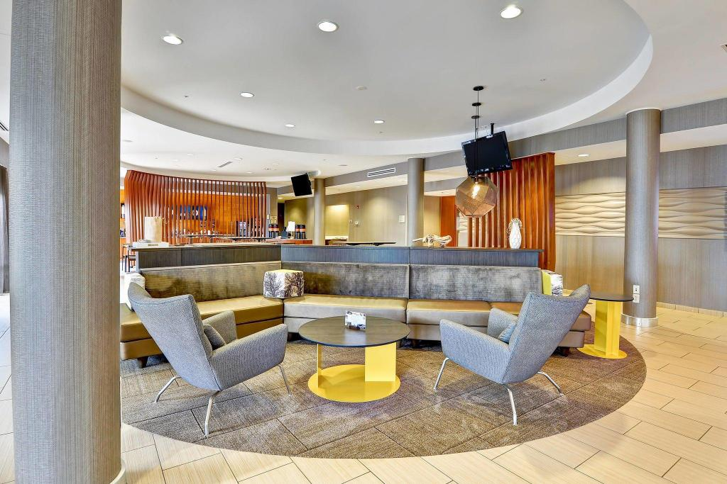 Lobby SpringHill Suites Columbia