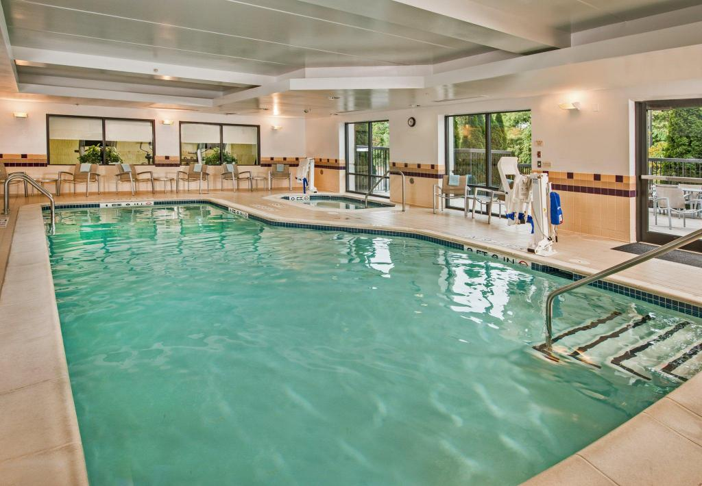 Piscina SpringHill Suites Hagerstown