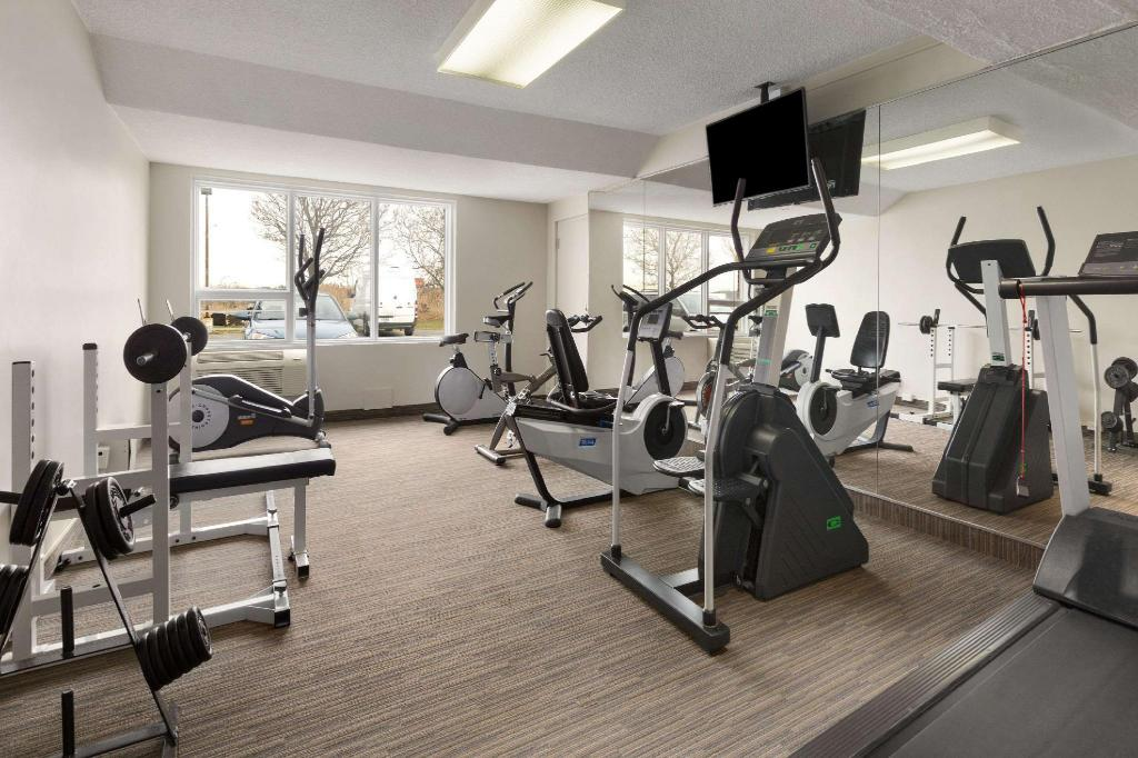 Centro de fitness Days Inn & Conference Centre by Wyndham Montreal Airport